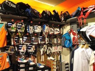 interno_racchette-320x240-b566f443797e4067d10e485a758b1738 Pro-shop 2001 team - Centro Sportivo 2000 Padova